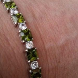 Jewelry - Peridot Bracelet